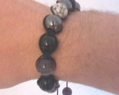 bracelet-shamballa-howlite-hematite-onyx-15050875-img0882a-jpg-355e01-84d02_minia